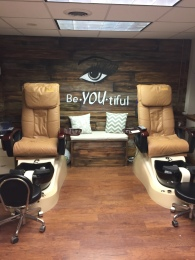 salon pedicure area pic